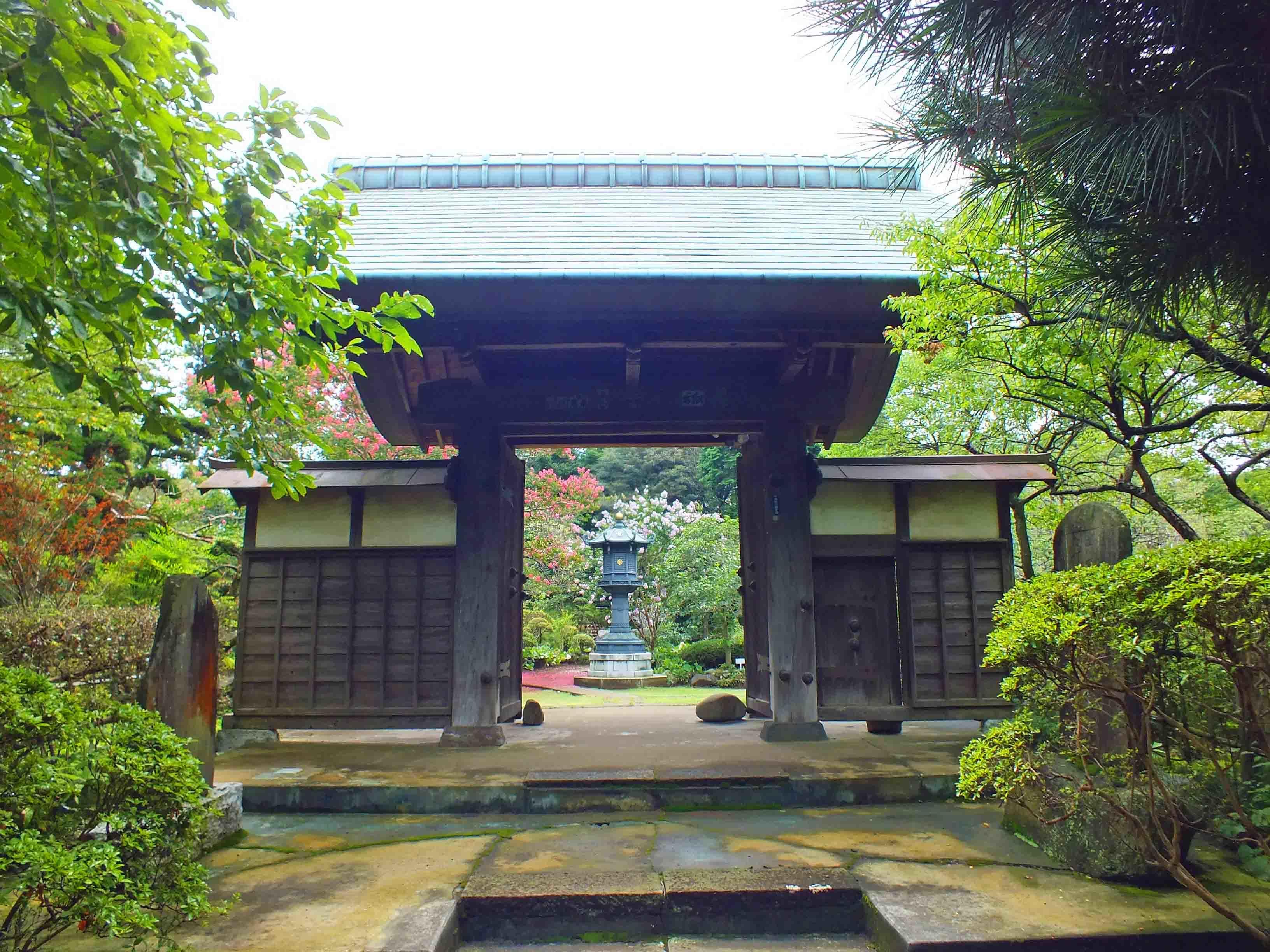 藤心陣屋 観音寺移築門