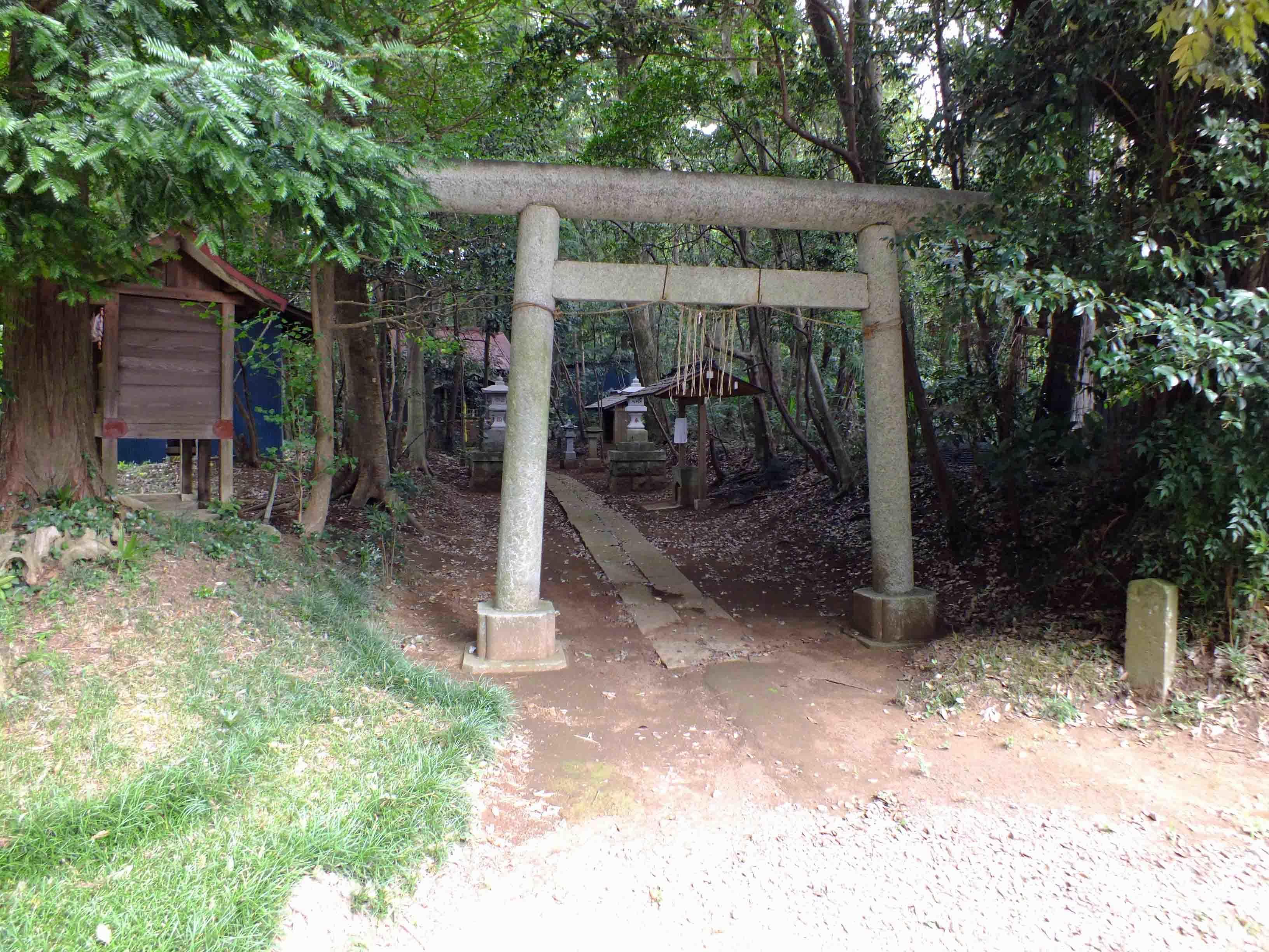 柳戸砦 六社神社