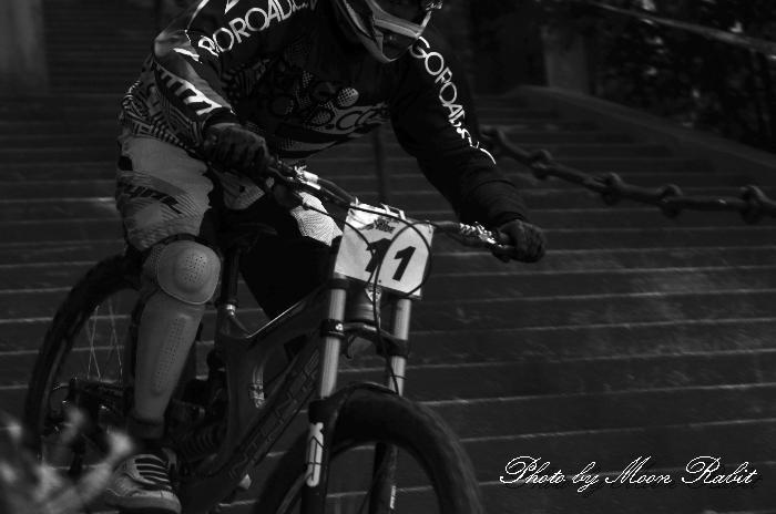 マウンテンバイク(MTB)ダウンヒル・レース