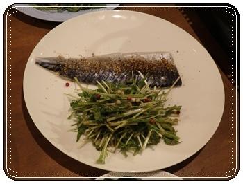 炙りしめ鯖のラオフーサイ