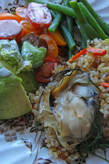 blog CP9 Dinner, Carrot & Sweet Rice, Broiled Oyster, Long Beans & Tomato, Avocado Salad_DSCN0666-10.27.18