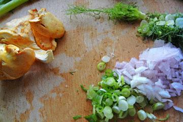 blog CP9 Cooking, First Chantrelle of the Season & Herbs_DSCN0758-10.30.18.jpg