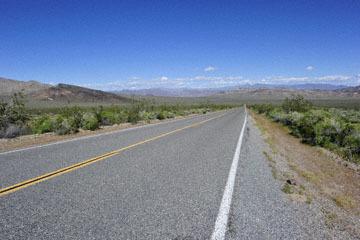 blog 14 Beaty, NV to Death Valley, CA~374W-190E, Corkscrew Peak to Badwater Basin, Salsbury Pass, CA_DSC8019-5.23.17.jpg