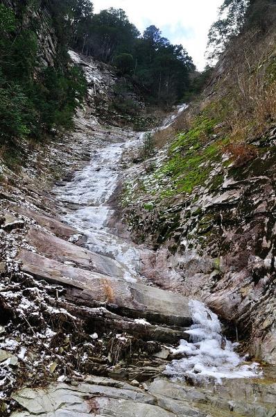 3面河渓谷190101