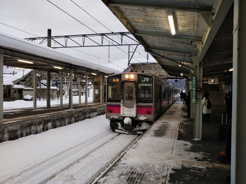 奥羽本線 普通列車