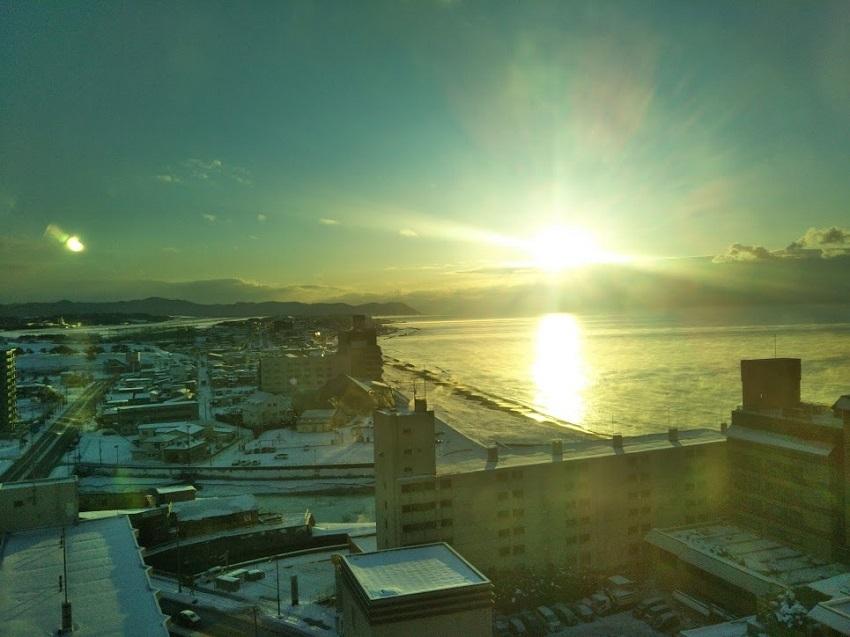 大浴場からの眺望 朝焼け