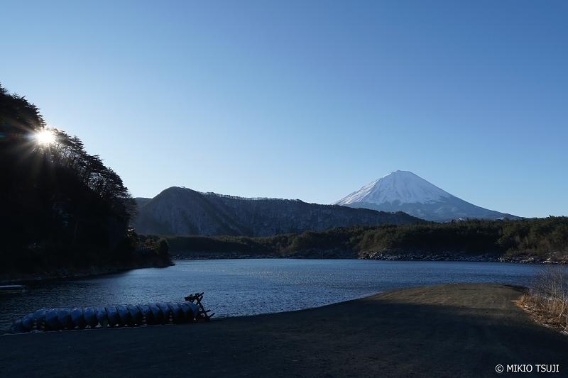 絶景探しの旅 - 0818 富士山と西湖の日の出 (山梨県 富士河口湖町)