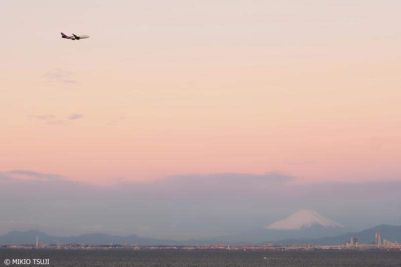 絶景探しの旅 - 0822 東京湾に浮かぶ富士山の風景 (千葉県 木更津市)
