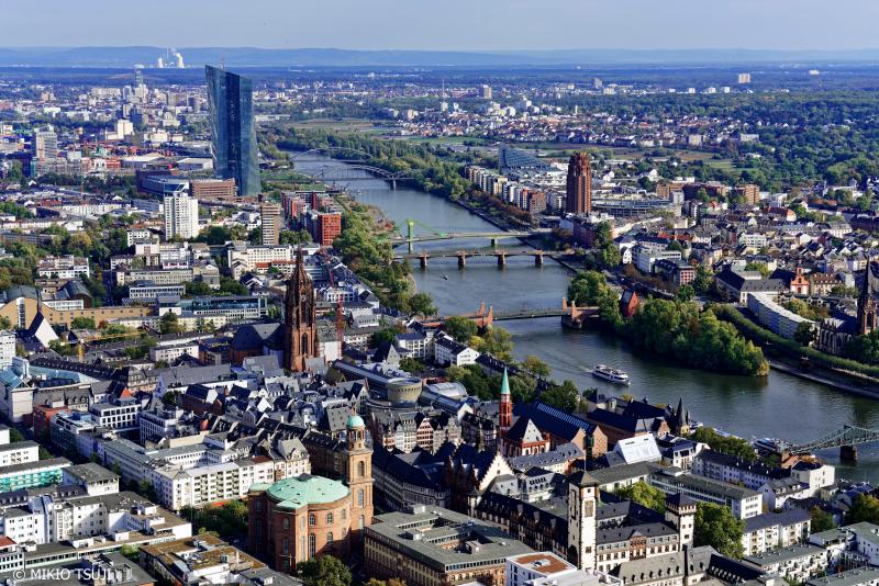 絶景探しの旅 - 0826 新旧建築物が入り乱れる街 (マインタワー/ドイツ フランクフルト)