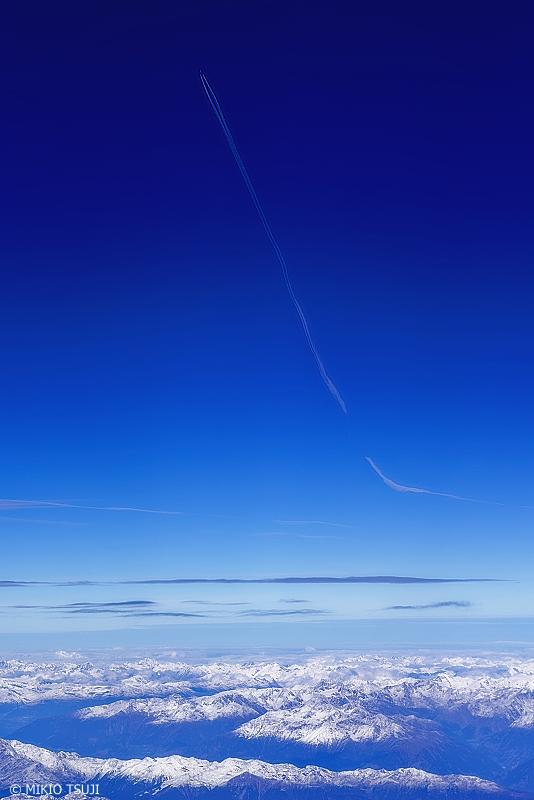 絶景探しの旅 - 0843 突き抜ける爽快 (アルプス山脈/スイス上空)