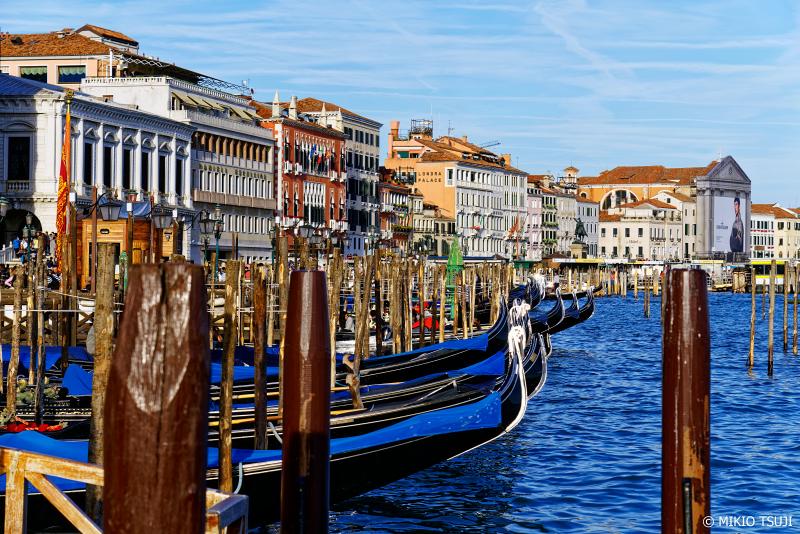 絶景探しの旅 - 0860 絵画のような船着き場の風景 (イタリア ベネチア)