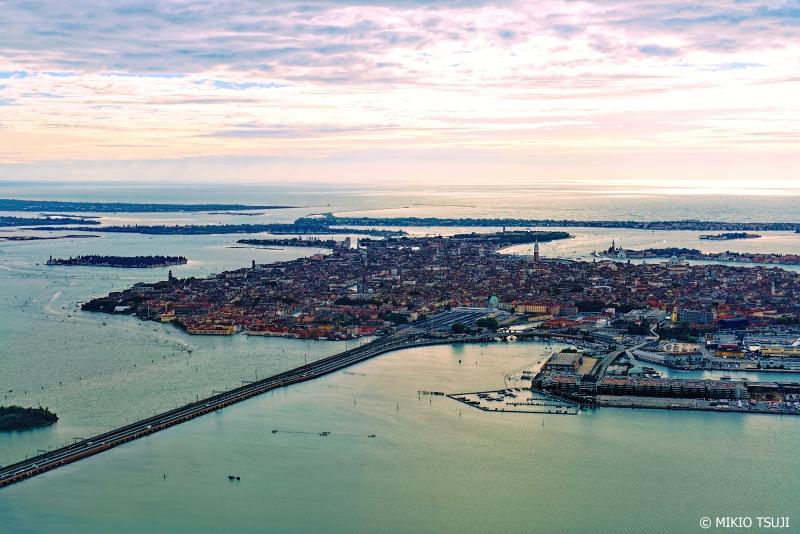 絶景探しの旅 - 0857 アドリア海の女王 ベネチア (イタリア ベネチア上空)