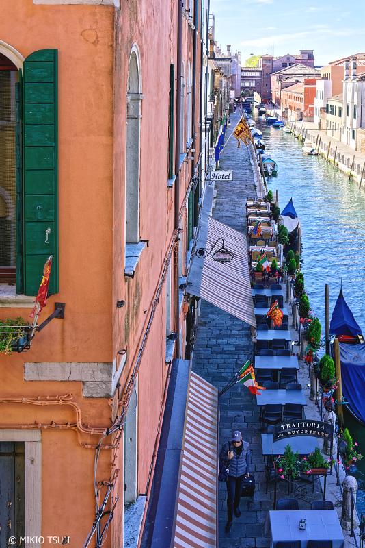絶景探しの旅 - 0859 運河の街の小道 (イタリア ベネチア)
