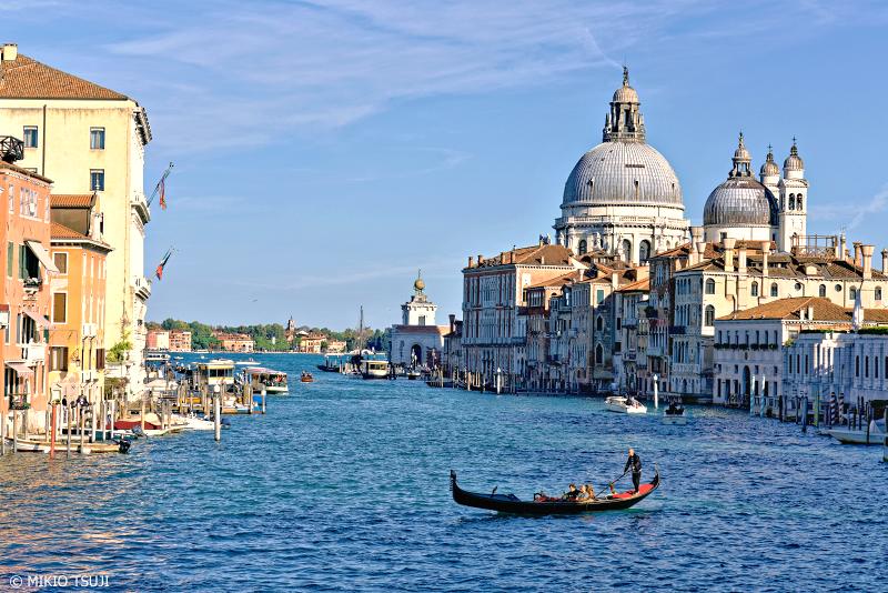 絶景探しの旅 - 0868 カナルグランデとサンタ・マリア・デッラ・サルーテ聖堂 (イタリア ベネチア)