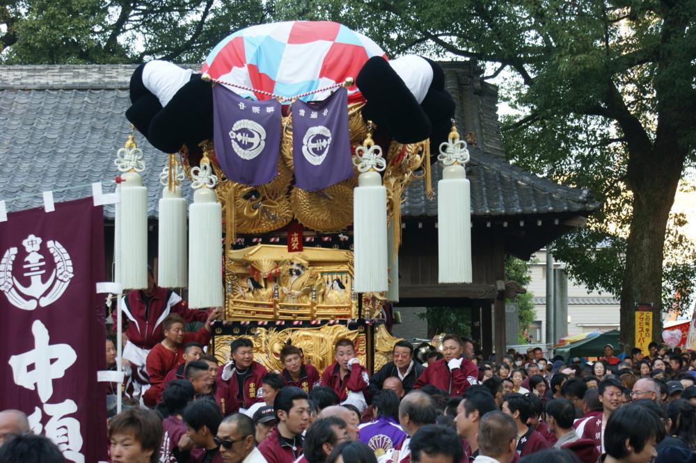 一宮神社に宮参りの中須賀太鼓台